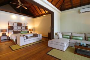 A seating area at Kurumba Maldives
