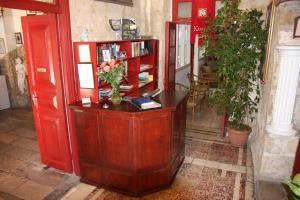 The lobby or reception area at Kiniras Traditional Hotel & Restaurant