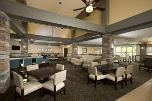 A restaurant or other place to eat at Homewood Suites by Hilton Alexandria