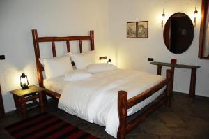 A room at Vogdos Resort