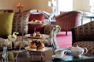 خيارات الإفطار المتوفرة للضيوف في فندق موڤنبيك الكويت