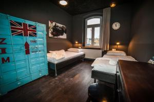 A bed or beds in a room at Hostel am Bahnhof