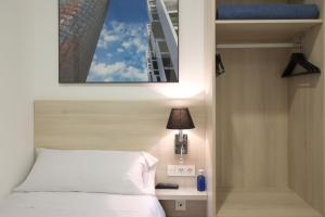 Кровать или кровати в номере The 8 Boutique B&B