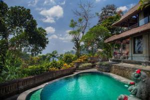 The swimming pool at or near Pita Maha Resort & Spa