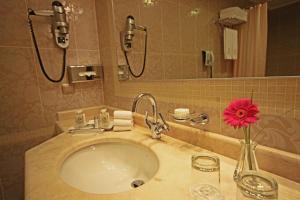 Ванная комната в Гранд Отель Поляна
