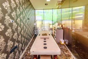 A bathroom at Hotel Tre Canne