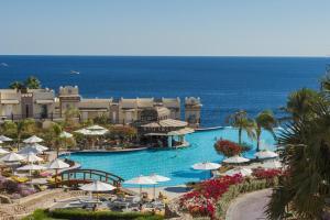 Uitzicht op het zwembad bij Concorde El Salam Sharm El Sheikh Front Hotel of in de buurt