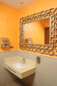 Un baño de Hotel Venecia