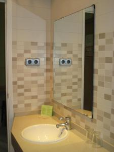 A bathroom at Hostal Nuevo Colon