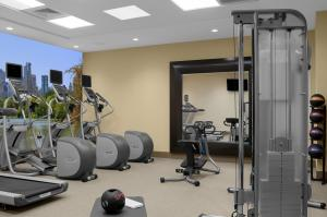 The fitness centre and/or fitness facilities at Hilton Garden Inn Times Square Central