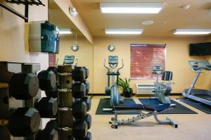 The fitness center and/or fitness facilities at Larkspur Landing South San Francisco-An All-Suite Hotel