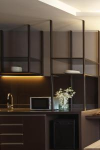 A kitchen or kitchenette at Happy 3