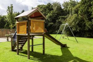 Ein Kinderspielbereich in der Unterkunft Novotel Eindhoven