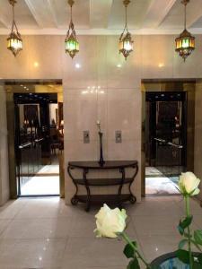 The lobby or reception area at Shanasheel Palace Hotel
