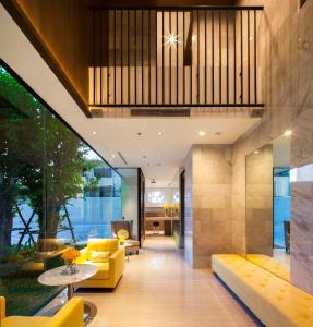 The lobby or reception area at LiT BANGKOK Residence