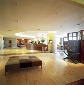 The lobby or reception area at Parador de Salamanca