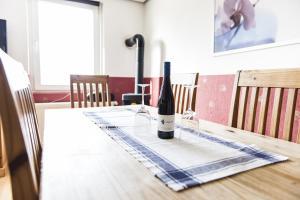 Ein Restaurant oder anderes Speiselokal in der Unterkunft Casa Casimir