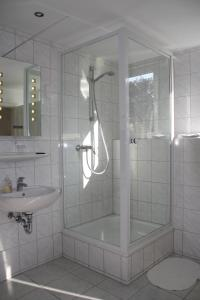 A bathroom at Hotel Anchovis