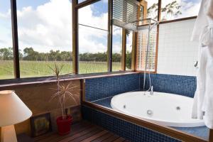 A bathroom at Bettenays Margaret River