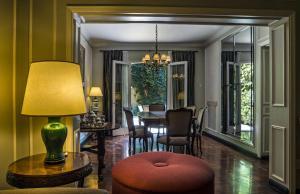 Un lugar para sentarse en Bed And Breakfast Plaza Italia