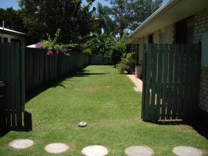A garden outside Anchor In