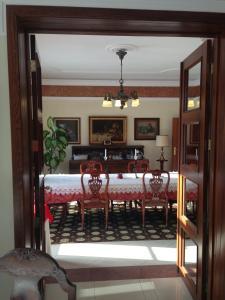 Restauracja lub miejsce do jedzenia w obiekcie Pałac Zdrojowy