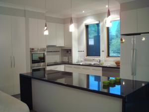 A kitchen or kitchenette at Mews On Frederick