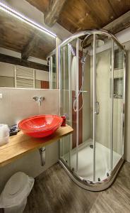 A bathroom at Agriturismo Rivet d'Or