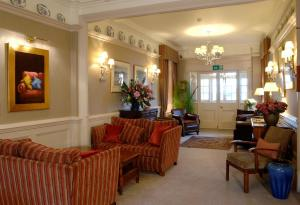 The lobby or reception area at Wentworth Hotel
