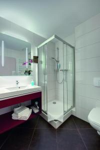 حمام في Hotel Lindenhof Bad Schandau