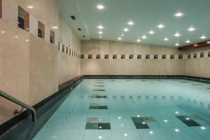 The swimming pool at or near Courthouse Hotel London