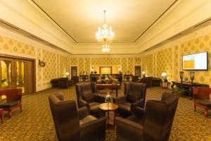 The lounge or bar area at Vesta Bikaner Palace