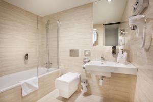 A bathroom at Grandior Hotel Prague
