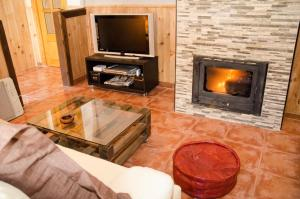Una televisión o centro de entretenimiento en El Rincón de Burujón