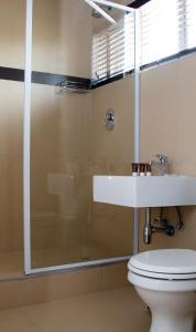 A bathroom at Hotel Cube