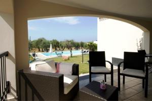 Uitzicht op het zwembad bij Rosso di Sera of in de buurt