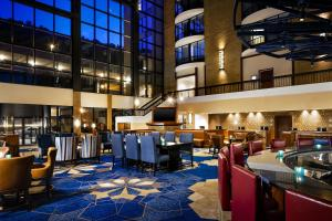 A restaurant or other place to eat at Sheraton Pittsburgh Hotel at Station Square