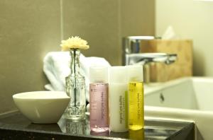 A bathroom at The Signature Hotel & Serviced Suites Kuala Lumpur
