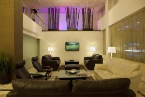 A seating area at Susuzlu Atlantis Hotel