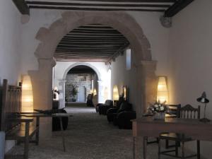 Restaurant ou autre lieu de restauration dans l'établissement Hotel Roncesvalles