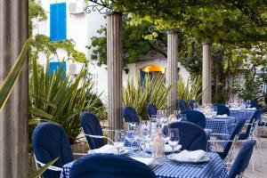 Restoran või mõni muu söögikoht majutusasutuses Hotel Slovenska Plaža