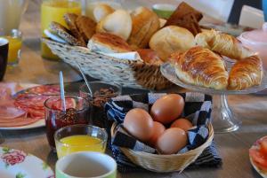 Ontbijt beschikbaar voor gasten van Bed & Breakfast Langlaar