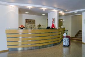 The lobby or reception area at Hotel Cruz Alta