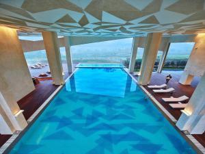 The swimming pool at or near Vivanta New Delhi, Dwarka
