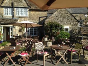 A restaurant or other place to eat at The Tollgate Inn