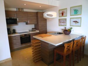 A kitchen or kitchenette at Palma Vista