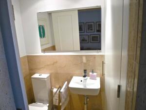 A bathroom at Palma Vista