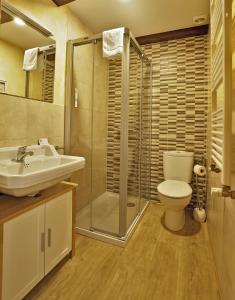 Un baño de Hostal Orialde