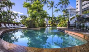 The swimming pool at or near Rydges Esplanade Resort Cairns