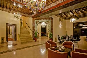 The lobby or reception area at Hotel Lawrence d'Arabie